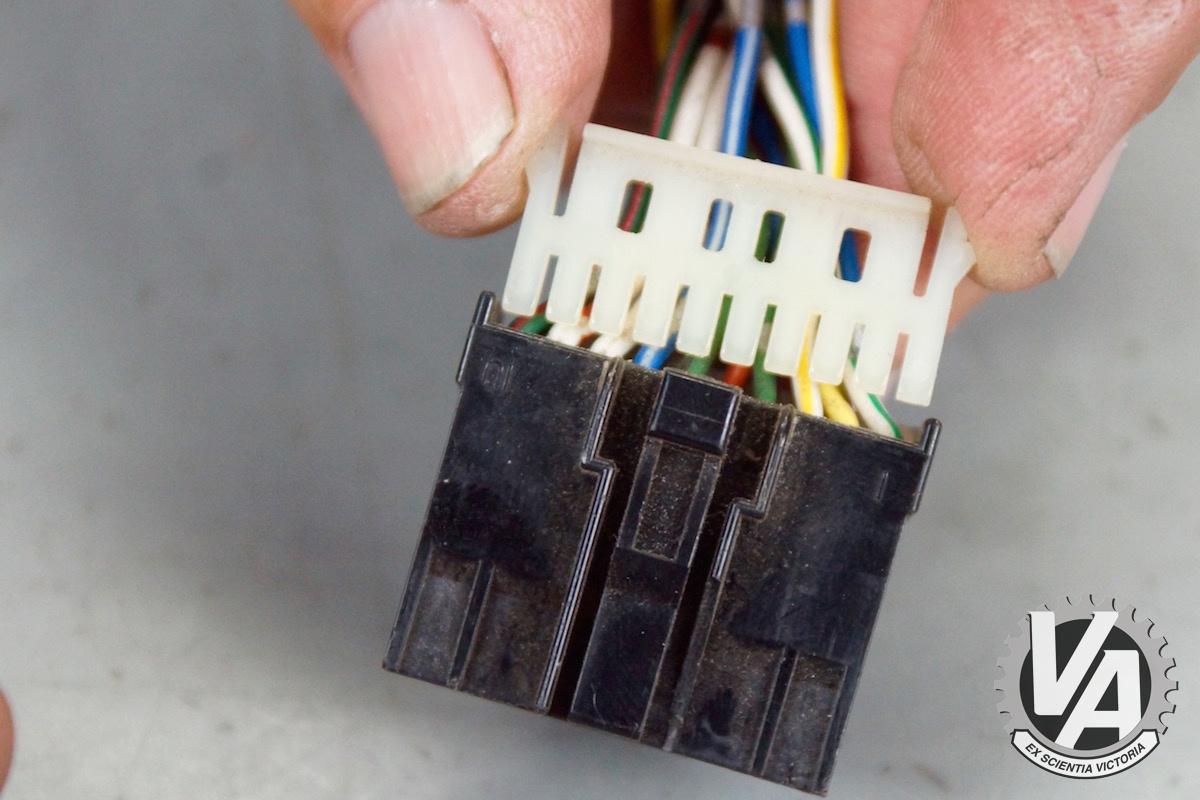 ecu-pin-removal-guide-0008.jpg