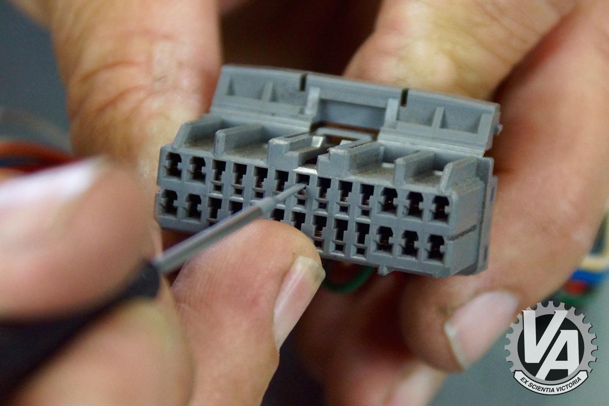 ecu-pin-removal-guide-0015.jpg
